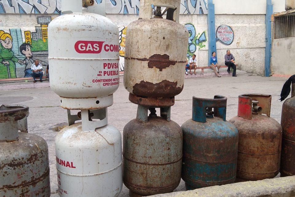 ESCASEZ DE GAS EN VENEZUELA