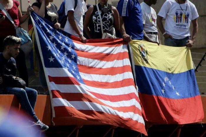 ANÁLISIS: Las veces que EEUU ha socorrido Venezuela, la historia ocultada por el chavismo