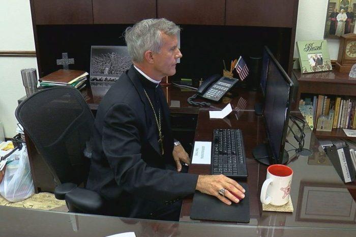 Esto pidió un obispo católico a Biden en Twitter respecto a su religión y el aborto
