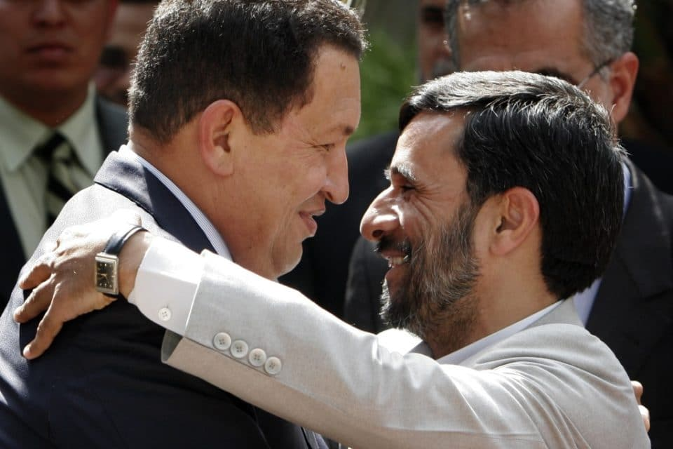 Un viejo amigo de Chávez quiere volver a gobernar Irán
