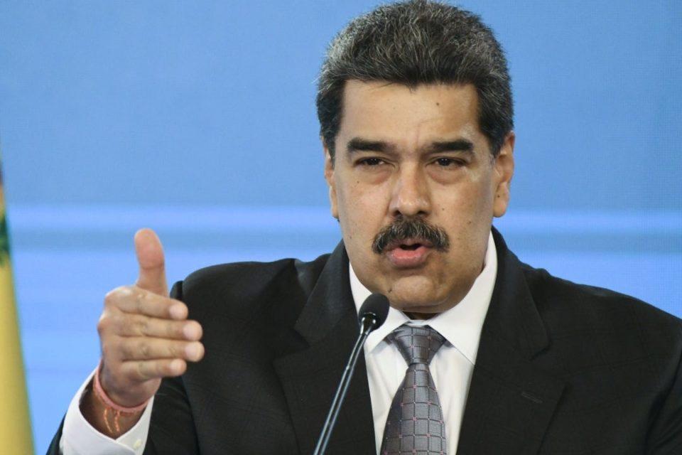 Maduro rechaza propuesta de Guaidó pero mantiene diálogo con Capriles