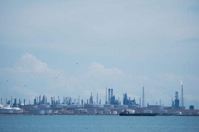 La cifra de la mermada producción de combustible en Venezuela