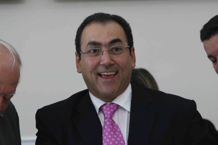 Duque derrota a Fernández con la victoria de su candidato a presidente de la CAF