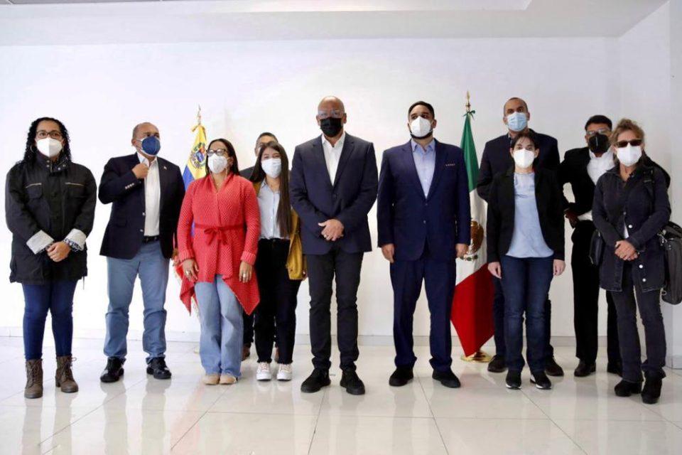 El chavismo tiene todo listo para terminar el diálogo en México